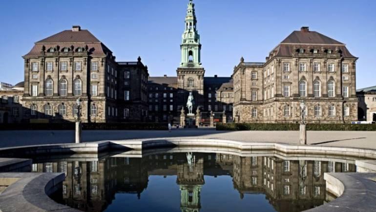 Se med direkte fra den sikkerhedspolitiske konference på Christiansborg